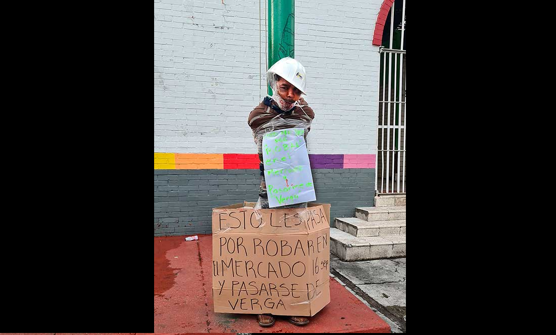(Video) Golpean y amarran a poste a presunto ratero del Mercado 16 de septiembre en Toluca