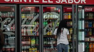 Proponen nuevo aumento de impuesto a refrescos y alimentos chatarra