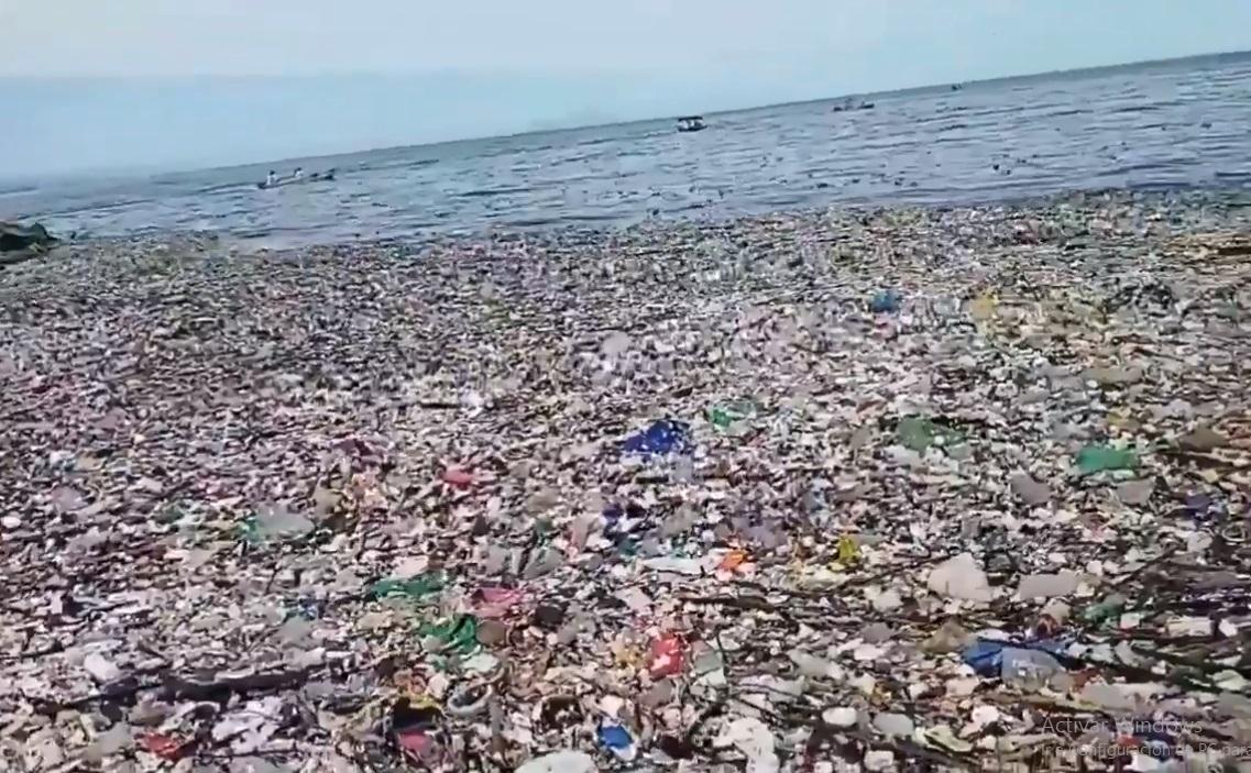 (Video) Toneladas de basura en las playas de Honduras