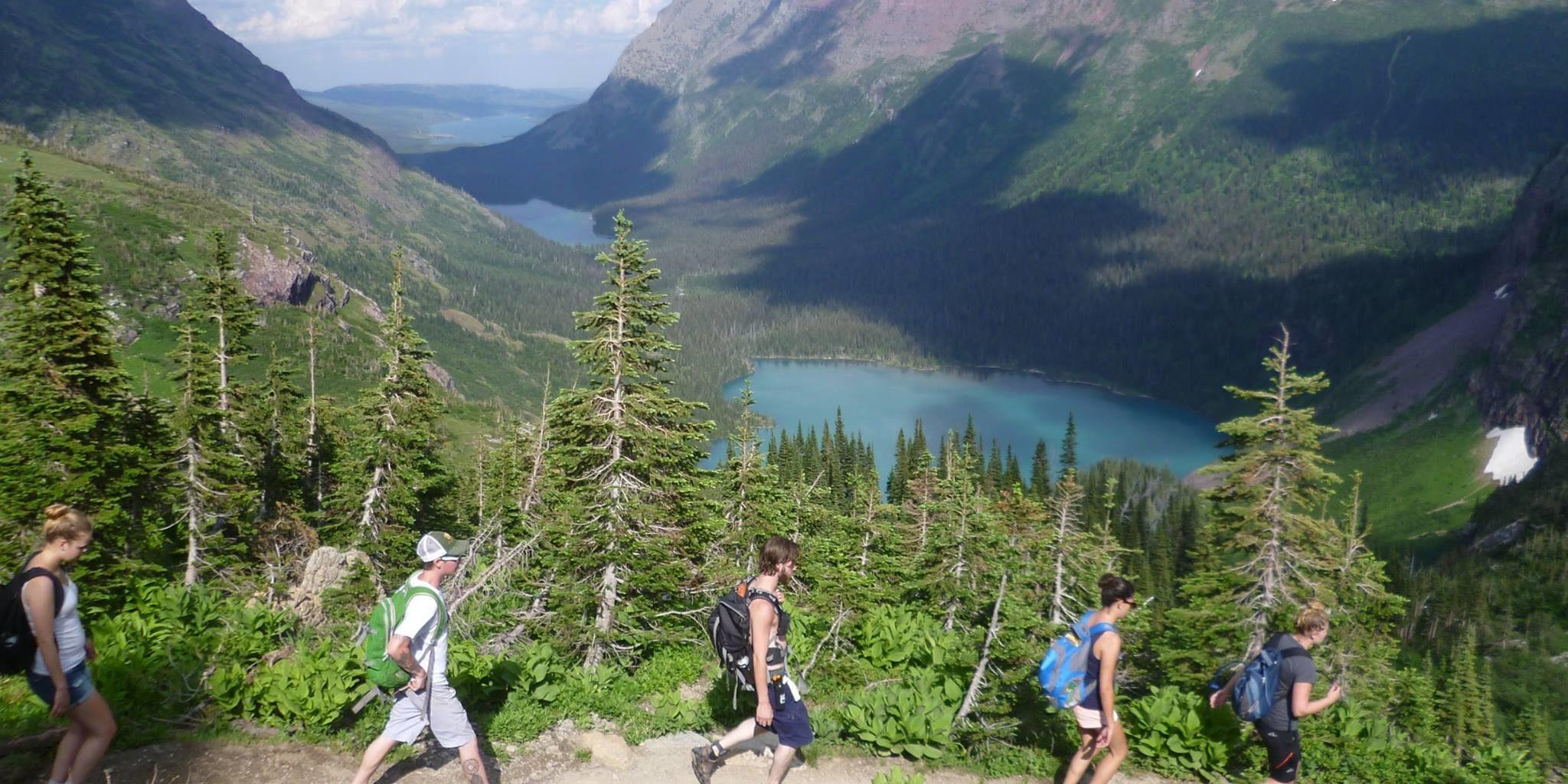 Esta vacante te ofrece 42 mil euros, cerveza y viajes a parques nacionales de EE UU