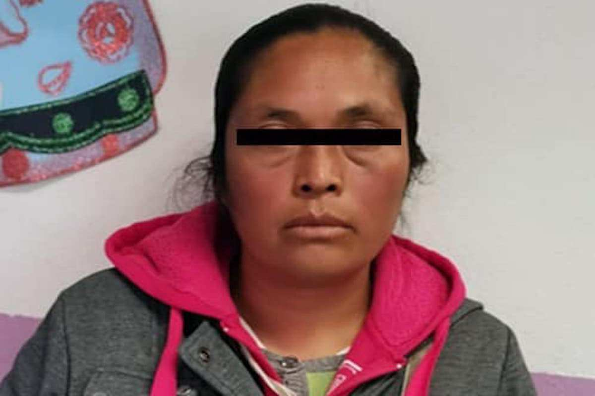 mujer-es-procesada-por-explotar-a-sus-hijas-a-vender-en-tianguis-en-edomex