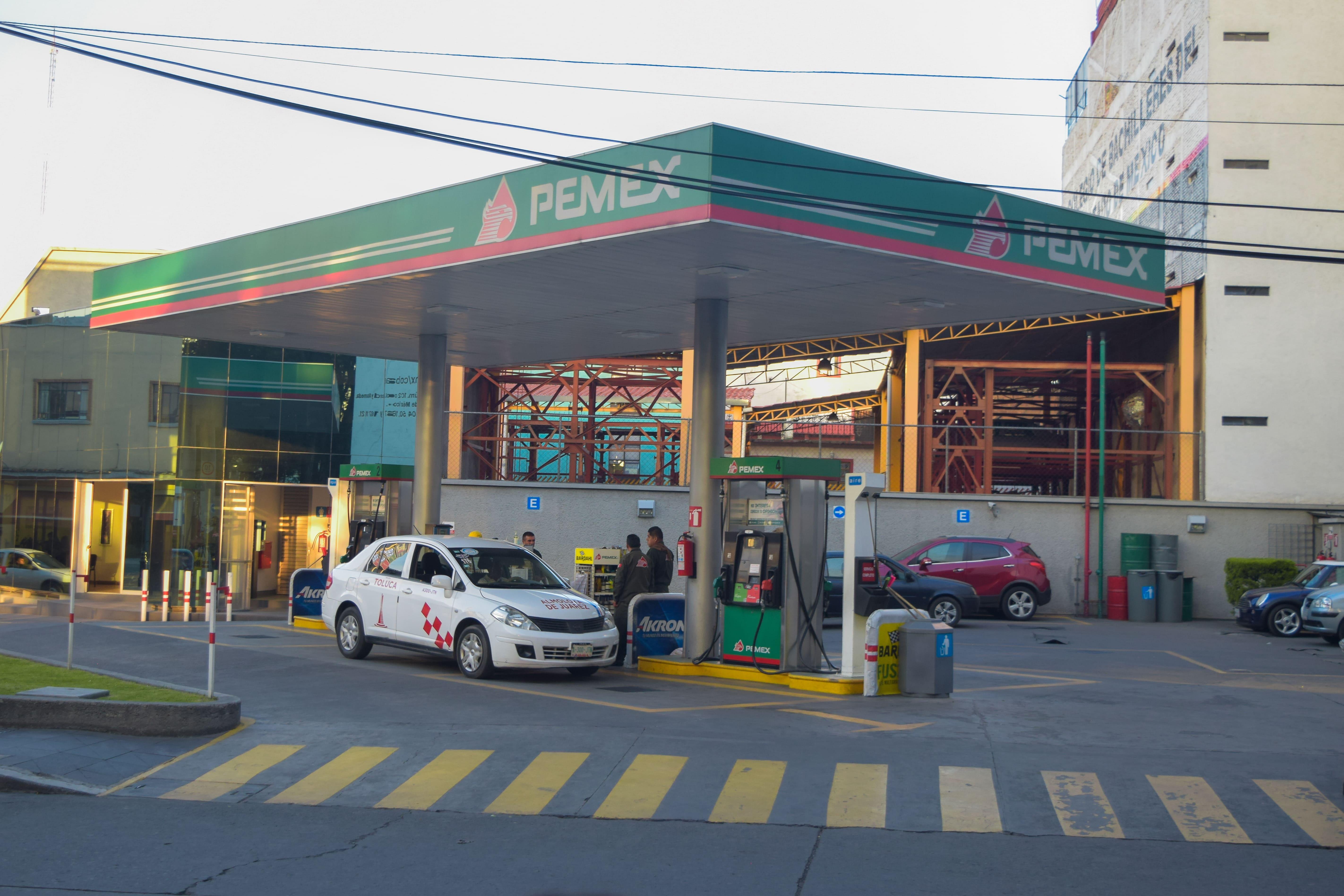profeco-revisara-que-se-den-los-litros-completos-en-gasolineras2