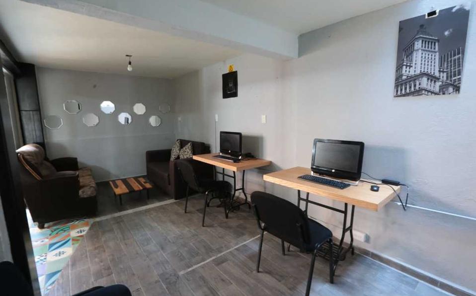 Ofrecen-computadoras-e-internet-gratis-en-local-de-Toluca