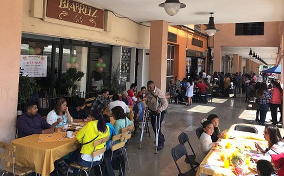 Buscan reactivar economía con propuesta de descuentos a Abogados en restaurantes de Toluca.