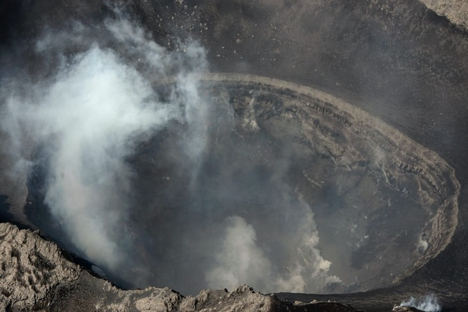 (Video) Sobrevuelan el volcán Popocatépetl y asombra el diámetro de su cráter