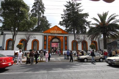 ¿Qué panteones del Valle de Toluca cerraran sus puertas para día de muertos?