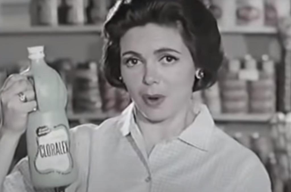 Comercial-de-Cloralex-de-1957-se-hace-viral-por-su-publicidad