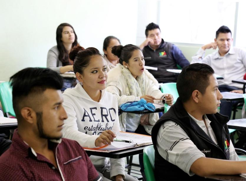 alumnos del IPN y de la UNAM recibiran apoyos