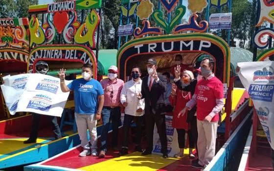 trajinera apoya a Trump