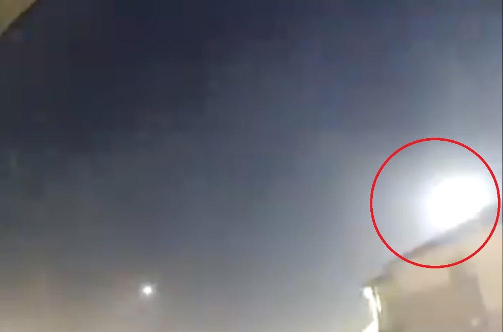 (Video) El cielo de Tamaulipas se ilumina por el paso de un meteorito