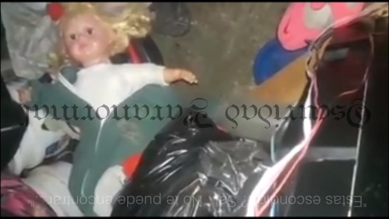 (Video) Captan tenebrosa muñeca hablando sin pilas