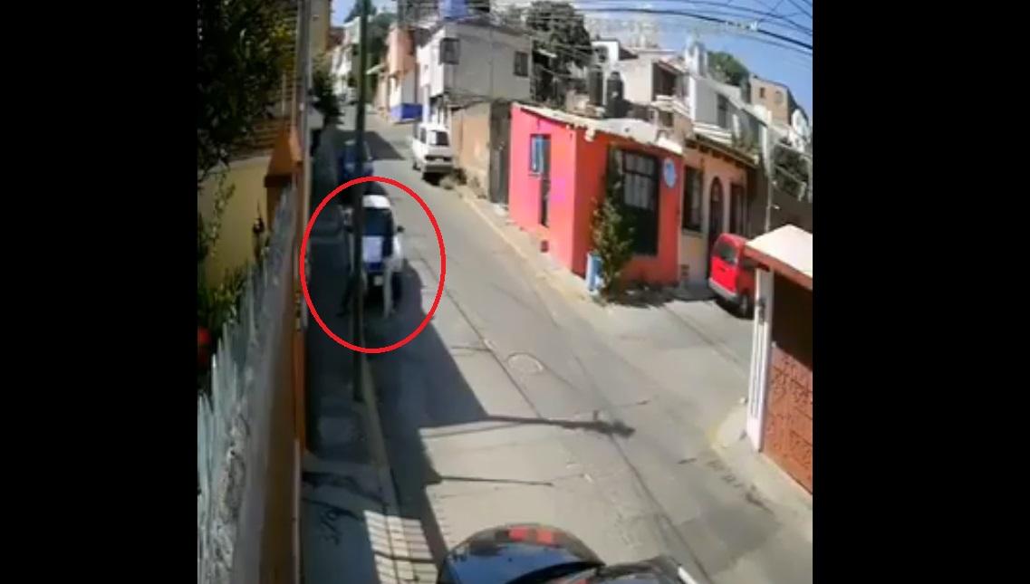 (Video) Roban taxi en menos de dos minutos