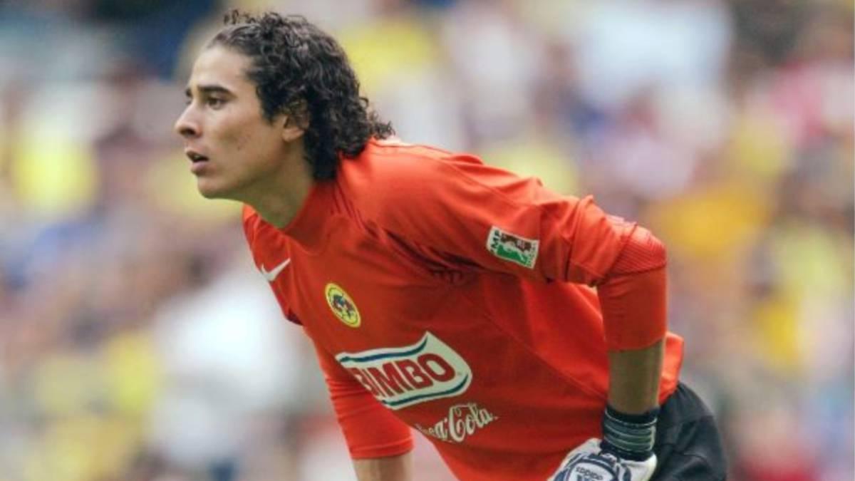 Ochoa, jugador del América presenta síntomas de Covid-19