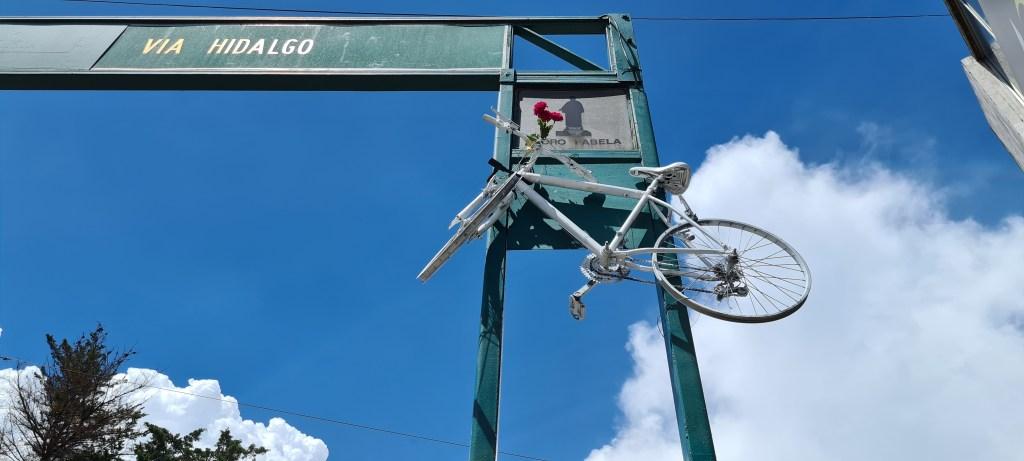 Comerciantes protestan pese a no respetar ciclovía de Isidro Fabela