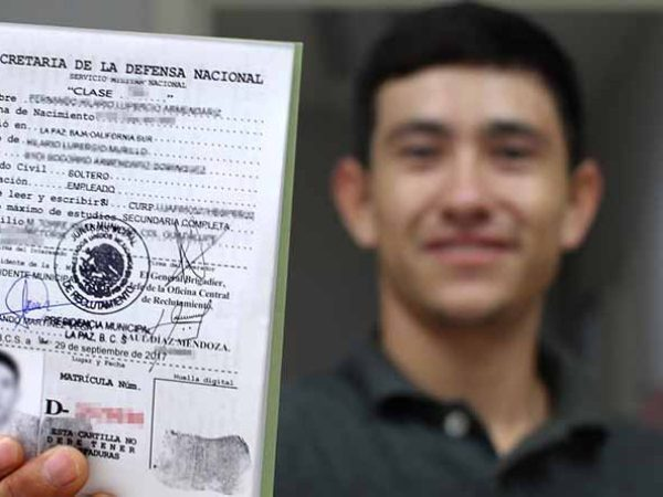 Cartilla militar: Suspenden trámite en Toluca