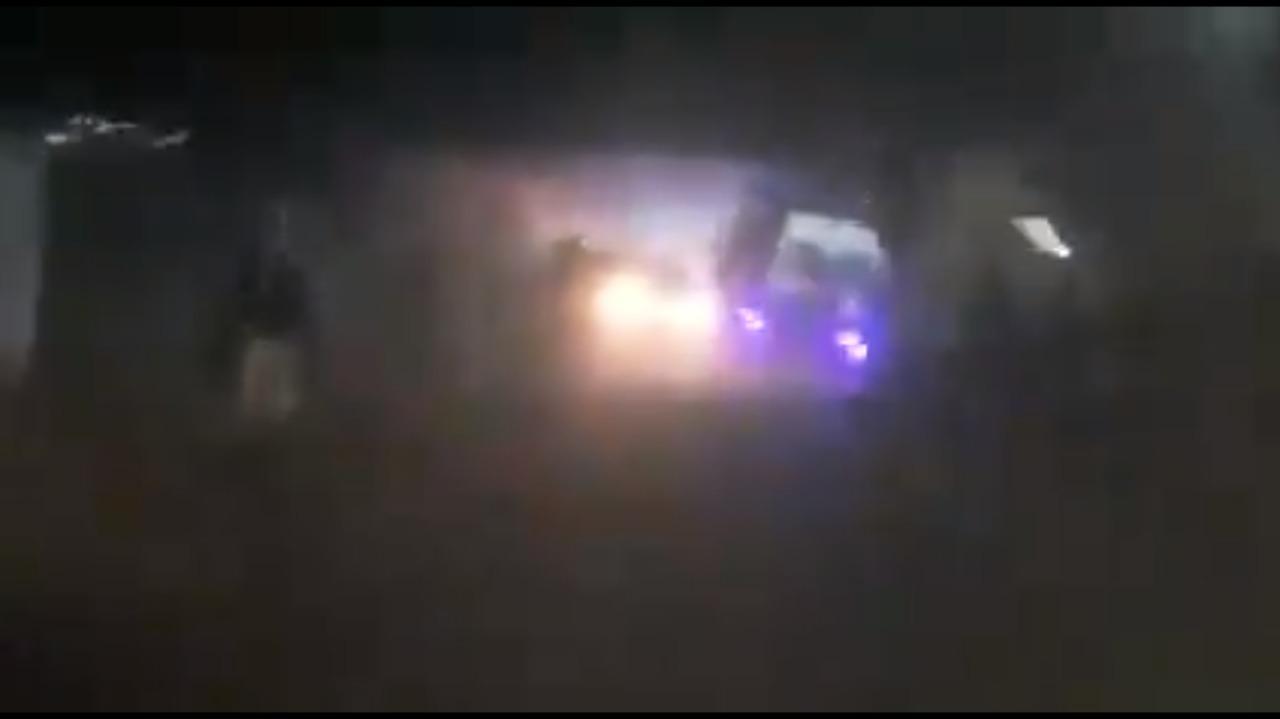 Posibles delincuentes fueron linchados en el Edomex    VIDEO