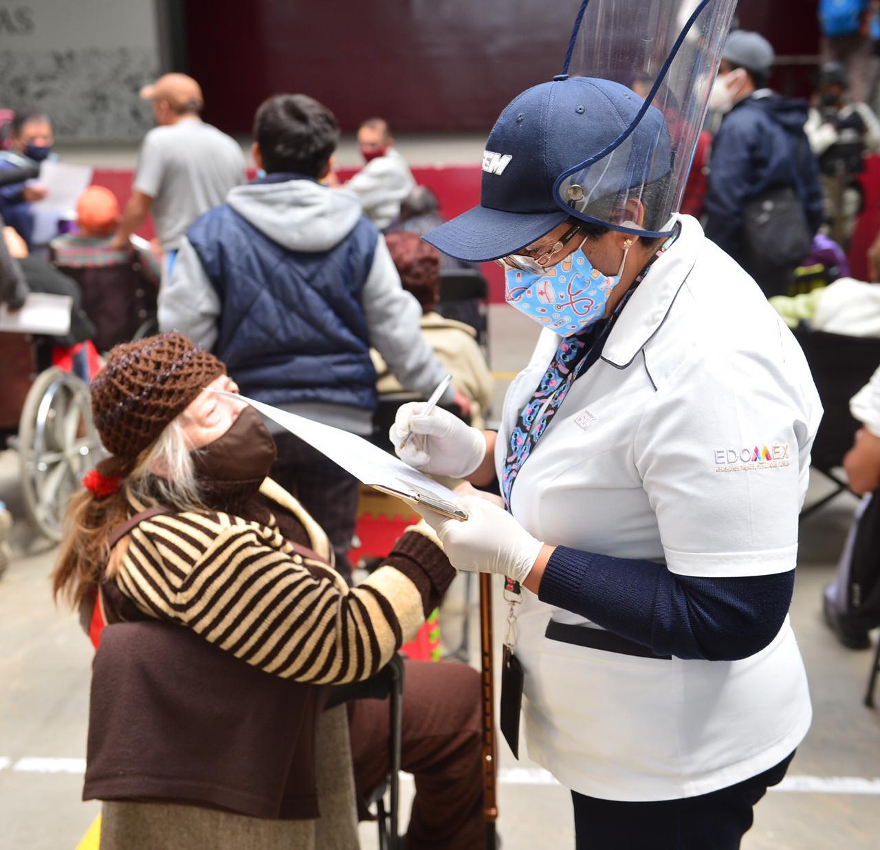 El Gobierno de México destinó 200 mil vacunas para las personas adultas mayores del municipio de Ecatepec.