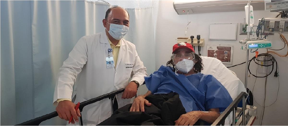 El famoso cantante, actor y conductor Ricardo González Gutiérrez, mejor conocido por su personaje Cepillín fue hospitalizado debido a un accidente en su hogar.