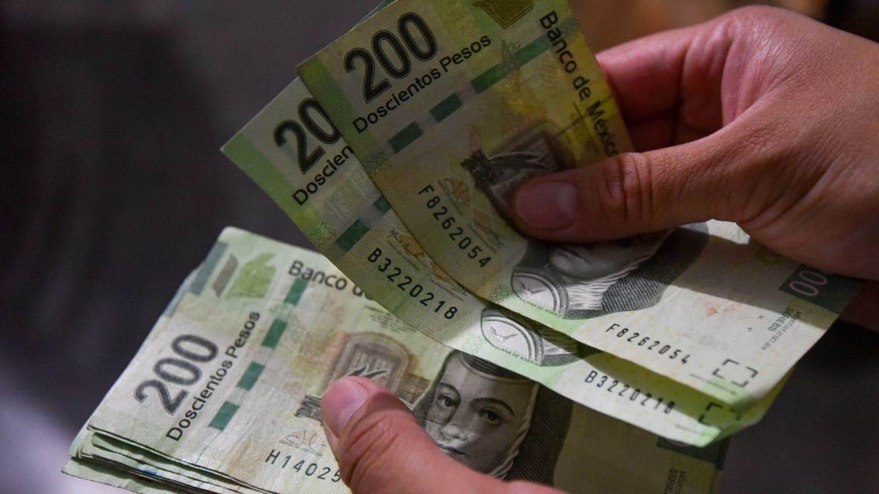 si realizas este guardadito de manera puntual y sin fallar ningún mes, al final del año tendrás 7 mil 200 pesos (si ahorraste 600 mensuales) o 14 mil 400 (si ahorraste mil 200 mensuales).