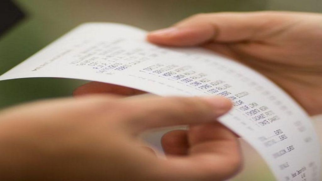 En caso de que alguna tienda de autoservicio exija el ticket de compra a los consumidores, estos podrán realizar la denuncia correspondiente.