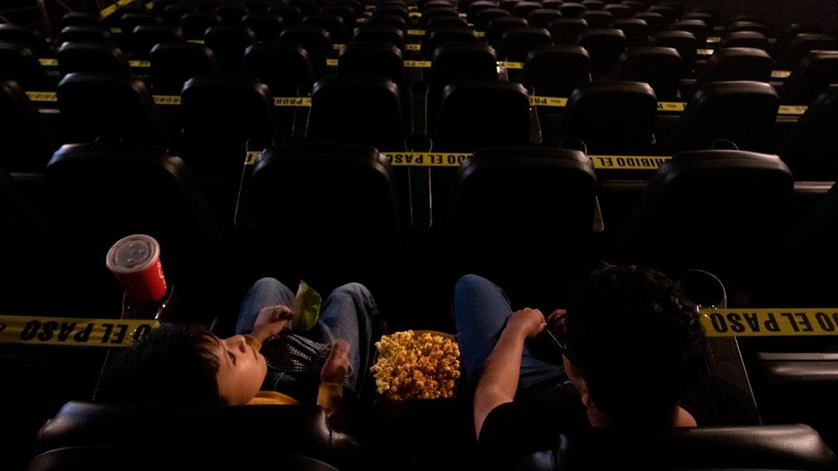la reapertura de los cines en cdmx y edomex se llevará acabo bajo ciertas medidas de seguridad y sanidad.