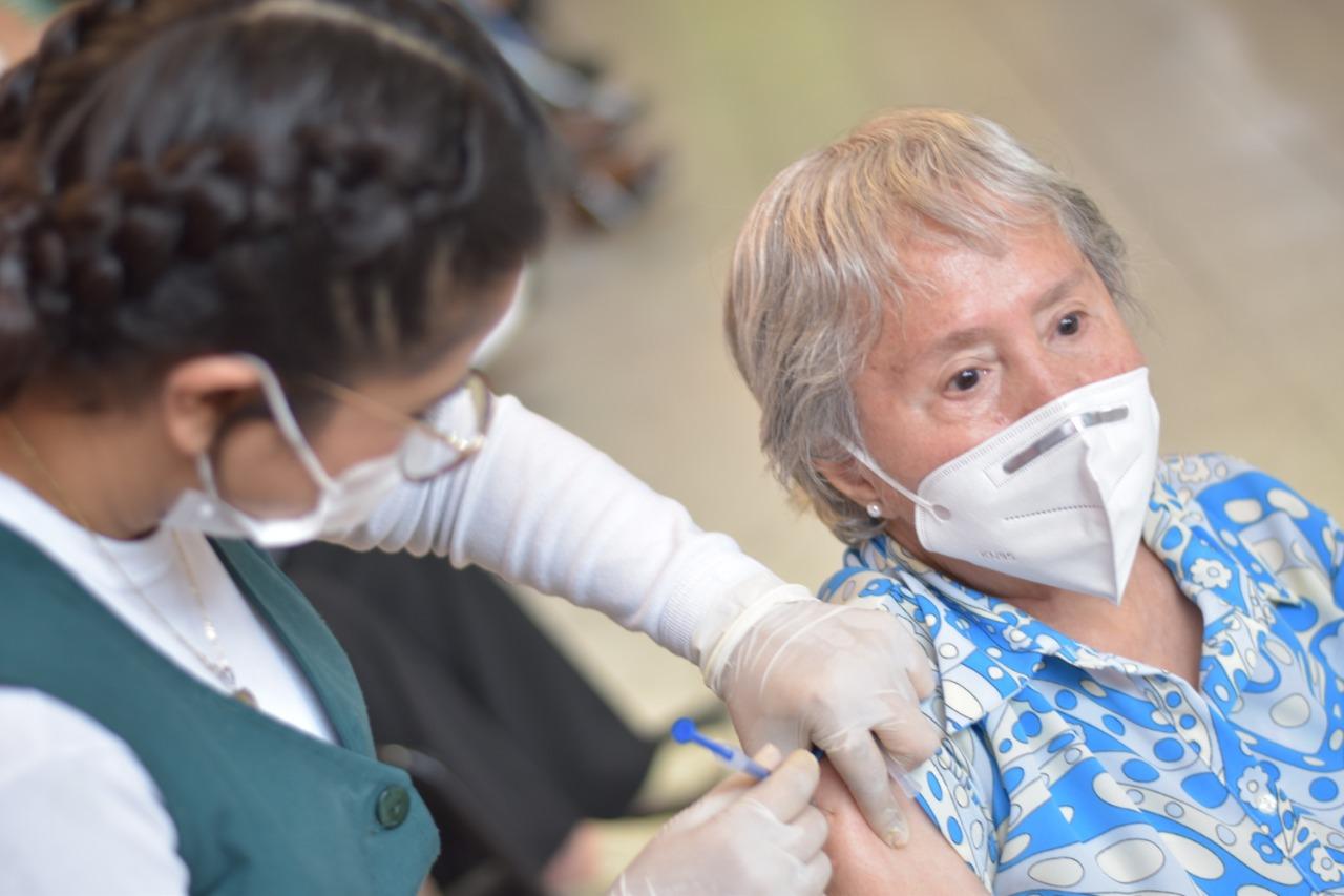 133 mil adultos mayores vacunados contra COVID-19 en Ecatepec