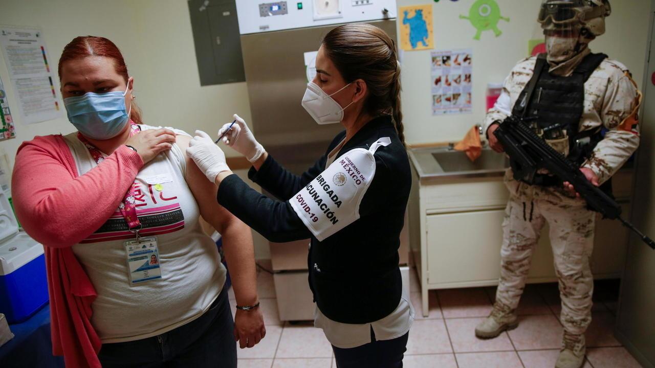 la jornada de vacunacion contra covid-19 para adultos mayores en toluca iniciará el 9 de marzo y habrá 4 módulos de atención