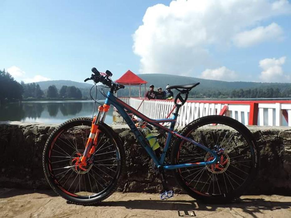 El ciclismo de montaña por los bosques cercanos a la región es otra de las actividades que se pueden realizar en El Oro