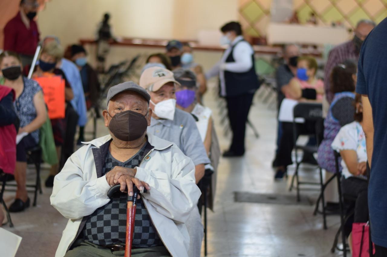 A diez días del inicio de la jornada de vacunación en Ecatepec, más de 143 mil adultos mayores han sido vacunados contra el COVID-19