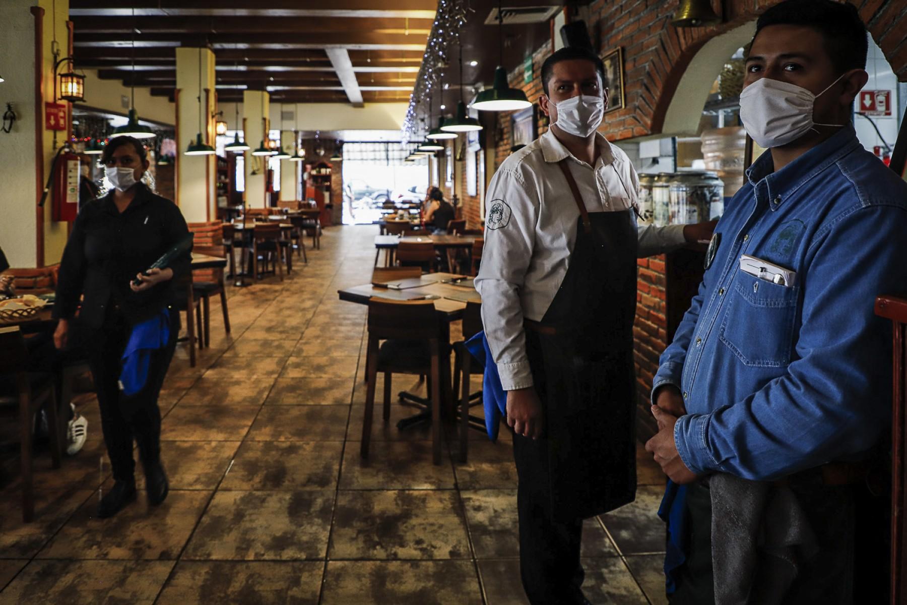 Los Restaurantes son uno de los negocios que reabrirán en esta semana