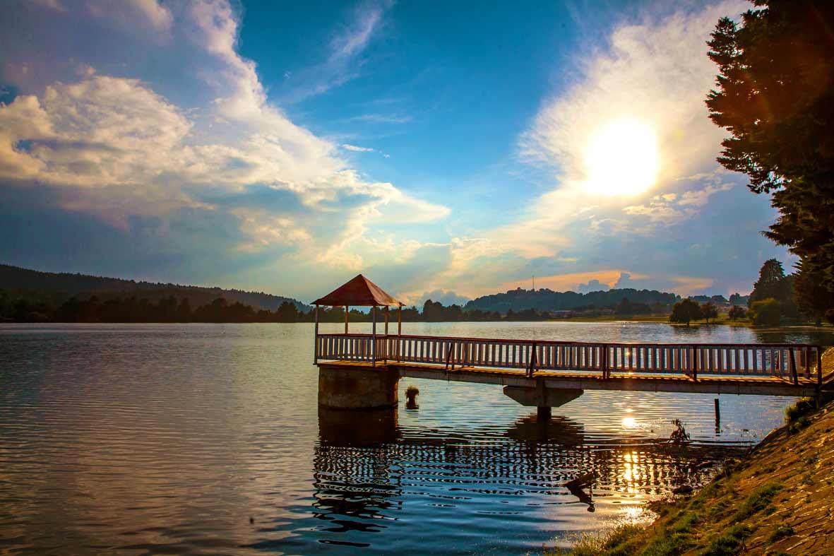 La presa Brockman es uno de los principales atractivos turísticos del Pueblo Mágico de El Oro, uno de los diez Pueblos Mágicos del Estado de México