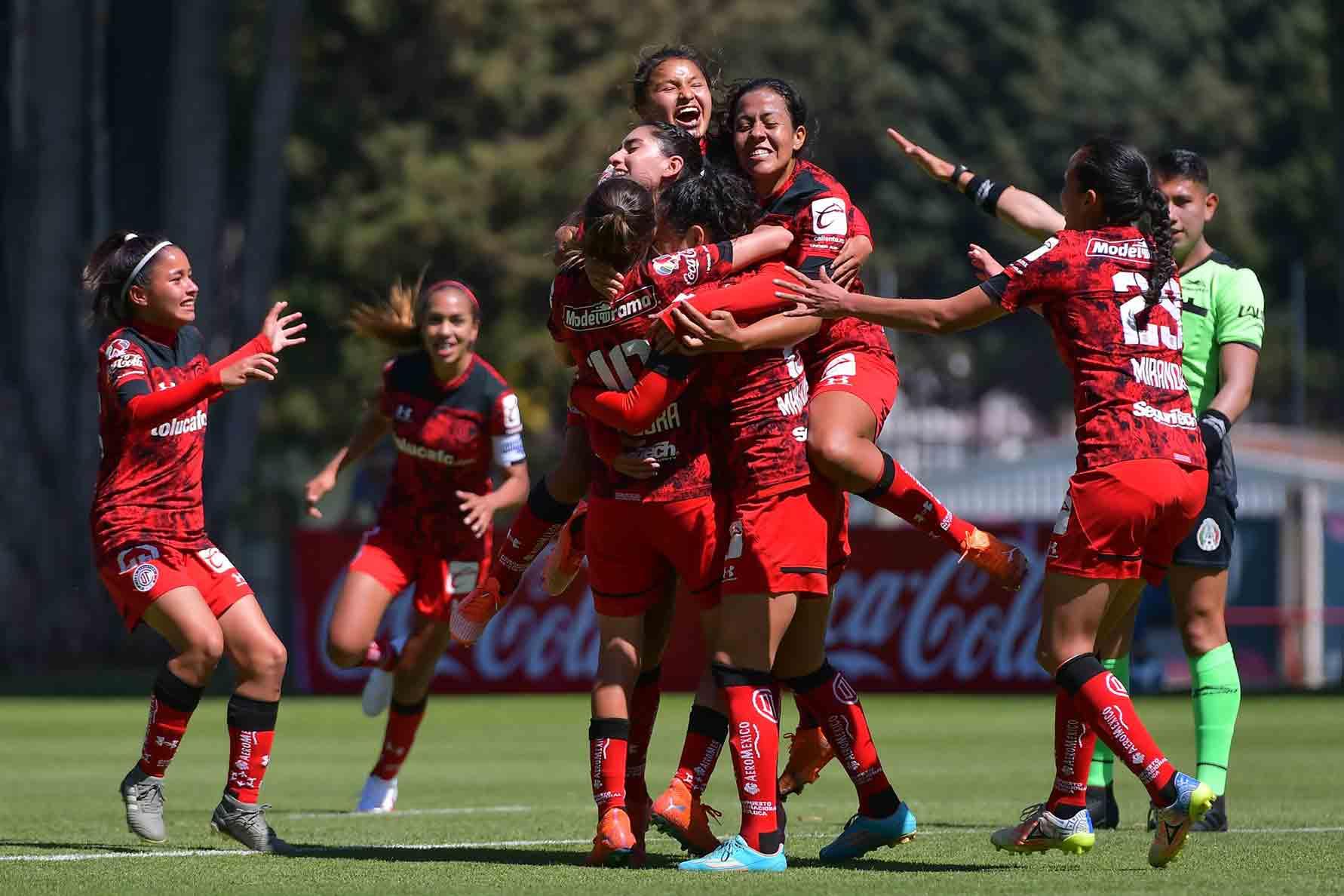 El futbol femenil en México registra un crecimiento récord en todos los niveles.