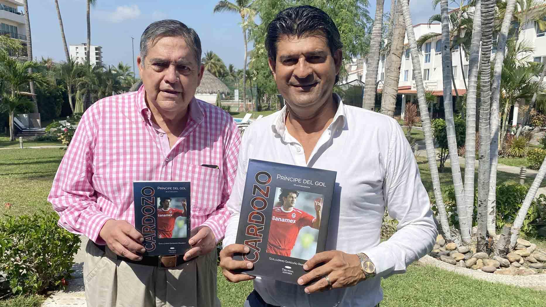 Cardozo presenta su libro 'El príncipe del gol'