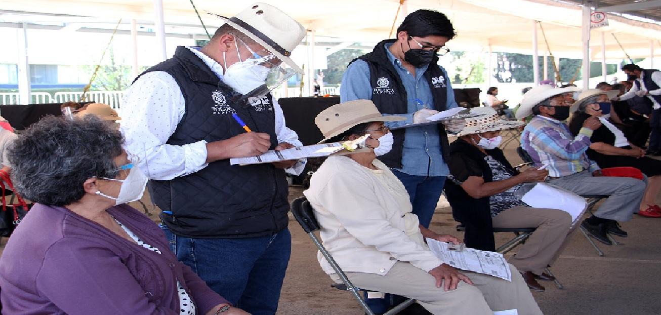 Toluca ha colocado 90 mil vacunas contra covid a la población adulta
