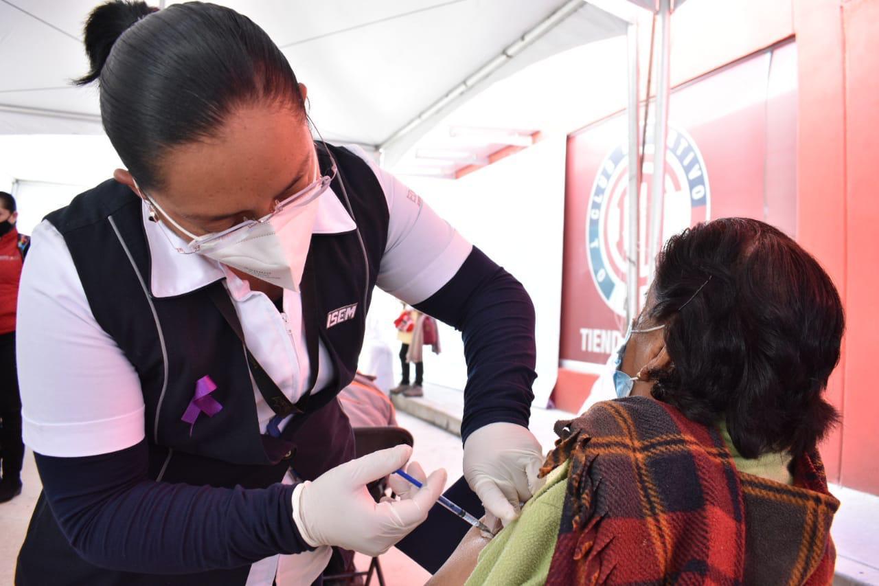 El Estadio Nemesio Diez es el primero del país en ser habilitado como sede de vacunación contra el COVID-19