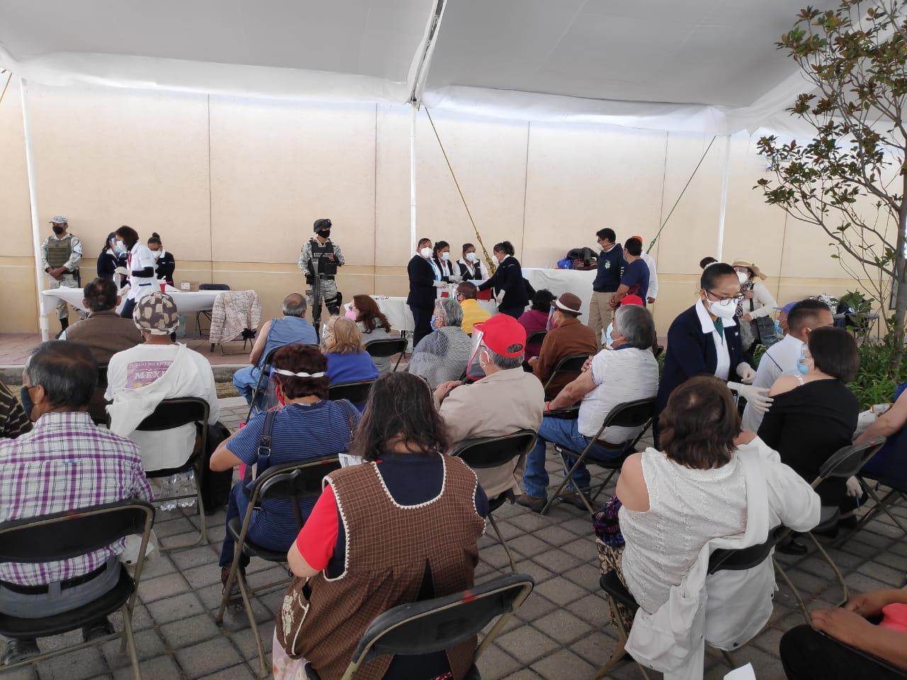 En 52 municipios del Estado de México se están aplicando más de 475 mil vacunas