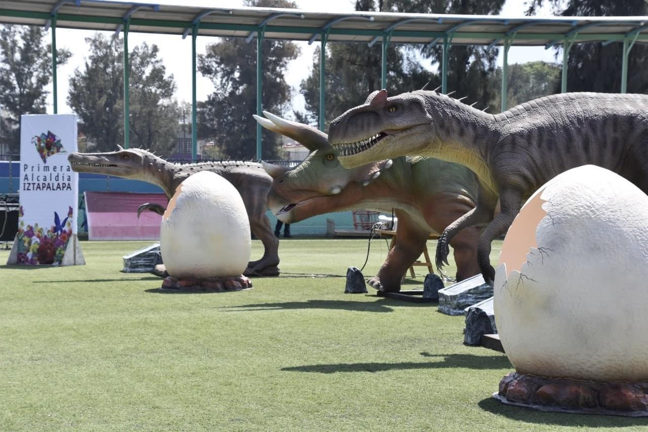 IZTAPASAURIA contará con la presencia de 13 dinosaurios, entre los que destaca el braquiosaurio, velociraptor, tricératops y el tiranosaurio rex
