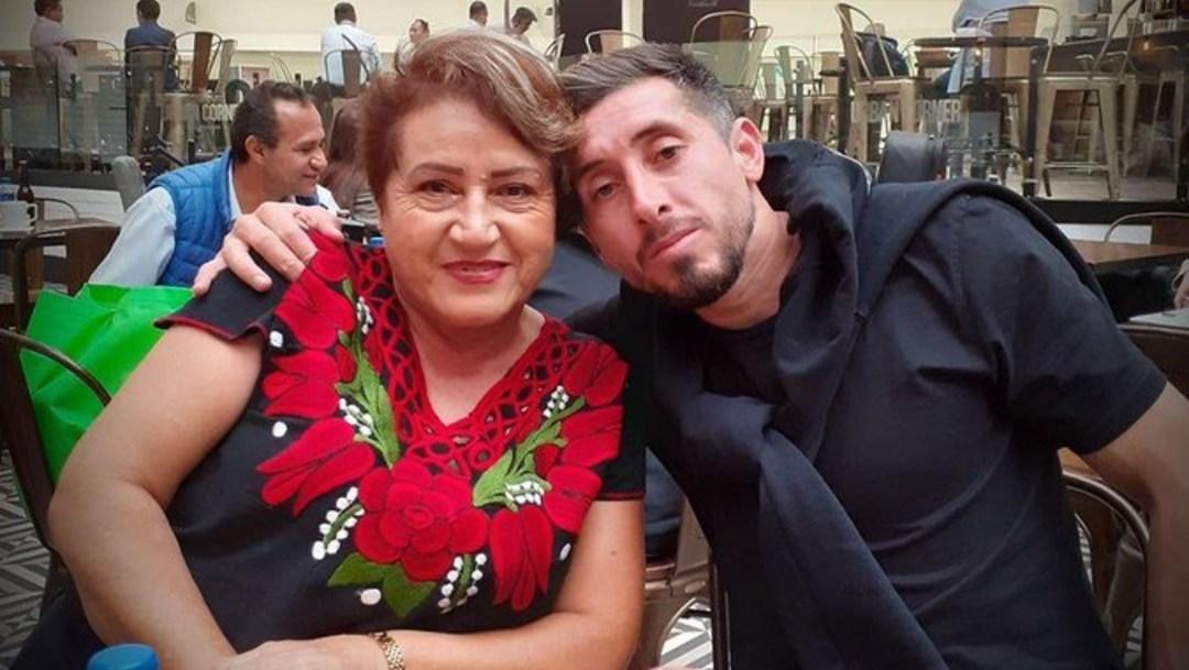 Lamentable situación para el mexicano Héctor Herrera, perdió a su madre a causa del COVID-19.