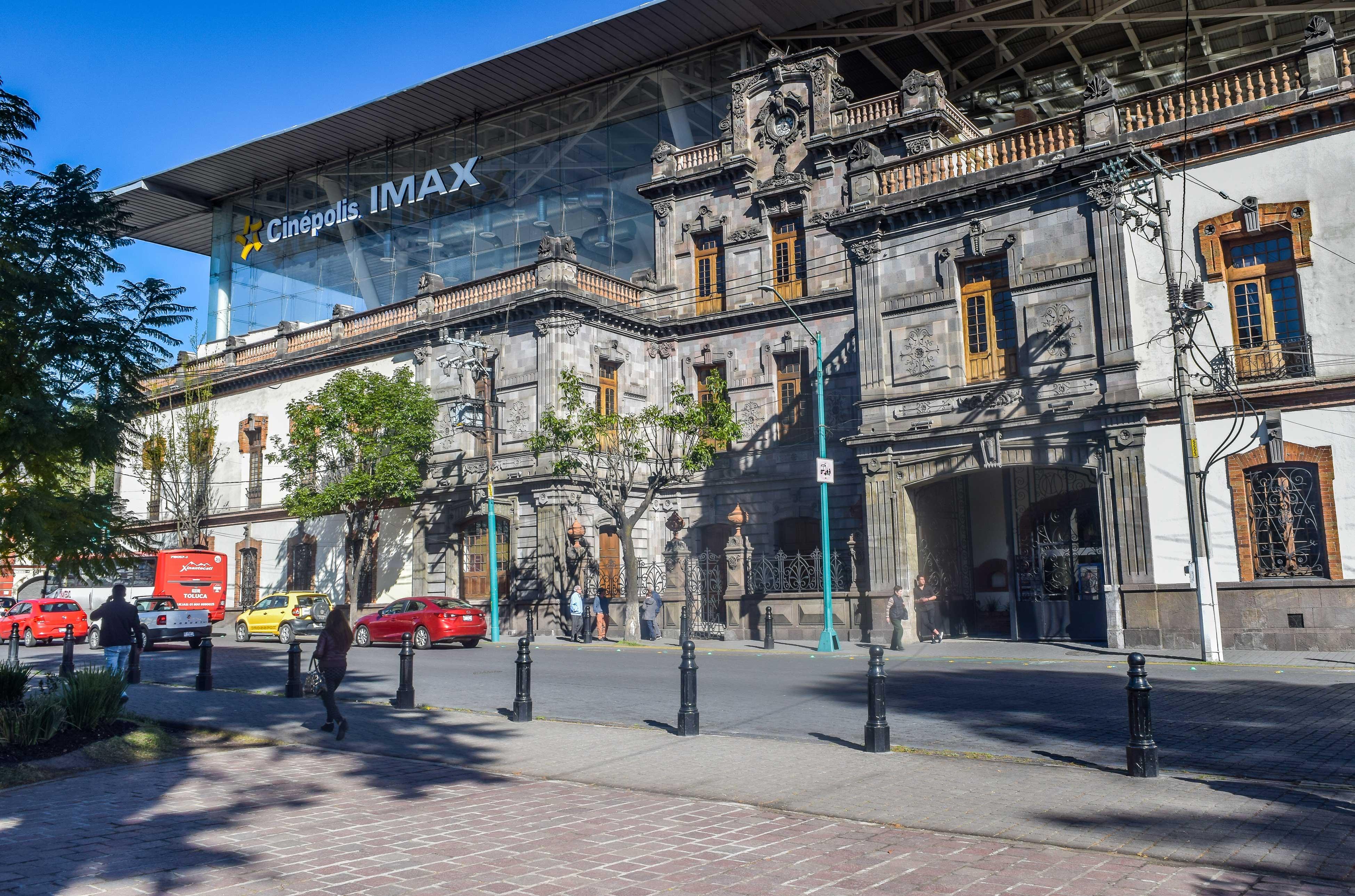 ¿Qué horario y aforo permitido tienen los comercios de Toluca?
