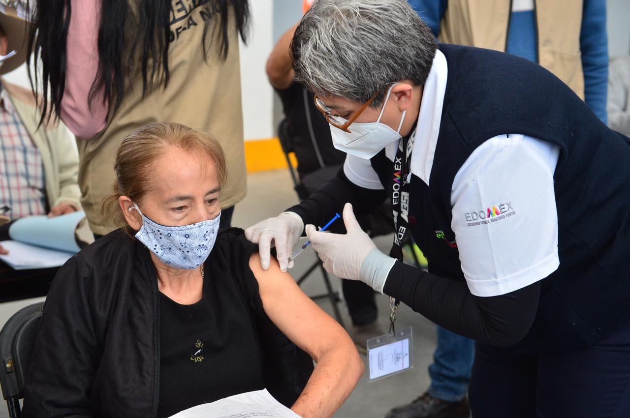 La segunda dosis de la vacuna contra el COVID-19 para los adultos mayores de Ecatepec municipio perteneciente al Estado de México será a partir del lunes 29 de marzo y hasta el próximo sábado 17 de abril.
