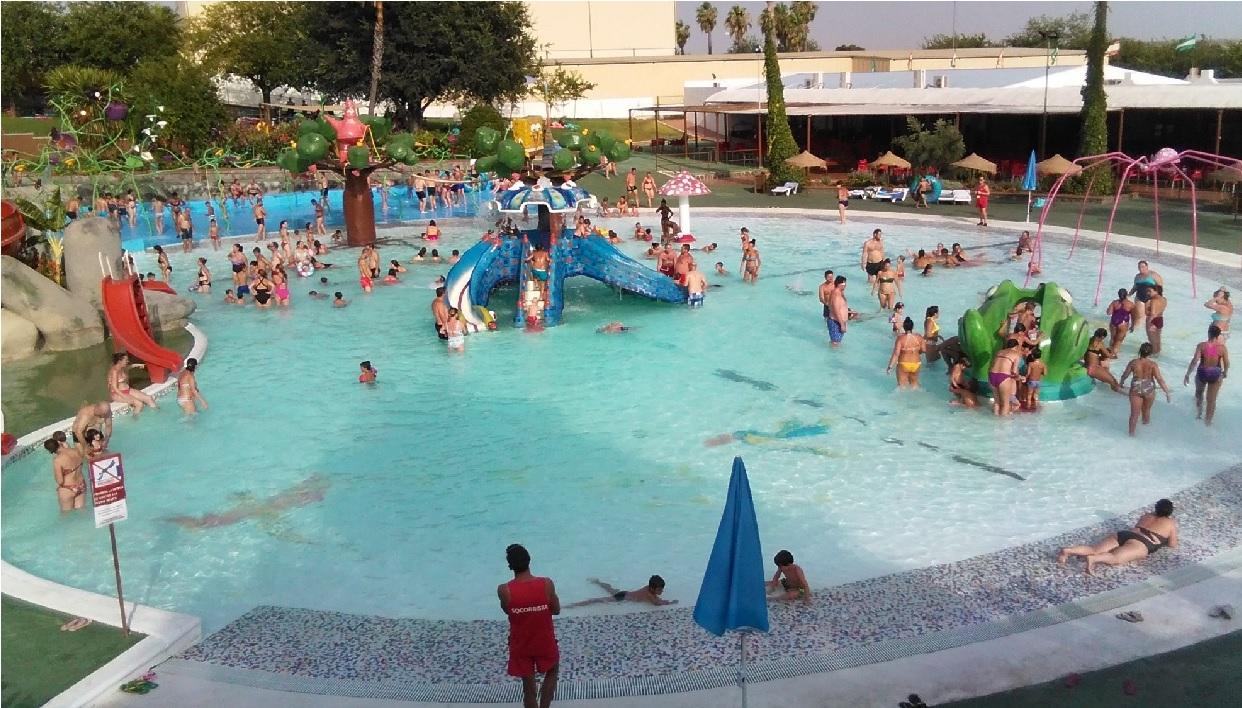 La Comisión para la Protección contra Riesgos Sanitarios del Estado de México (Coprisem) suspendió 6 balnearios en el Edomex durante los primeros días de las vacaciones de Semana Santa