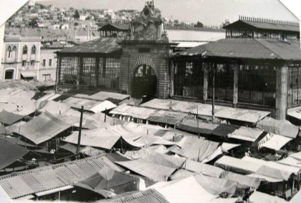 El Cosmovitral antes de ser jardin fue un mercado de Toluca