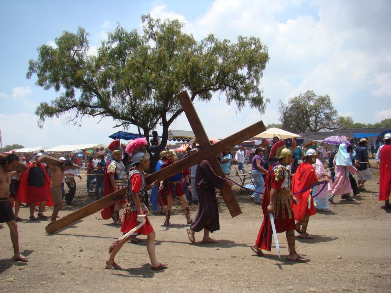 El Viernes Santo es un día de luto para todos los fieles y religiosos pues justo un viernes fue condenado Jesús a morir en la cruz.