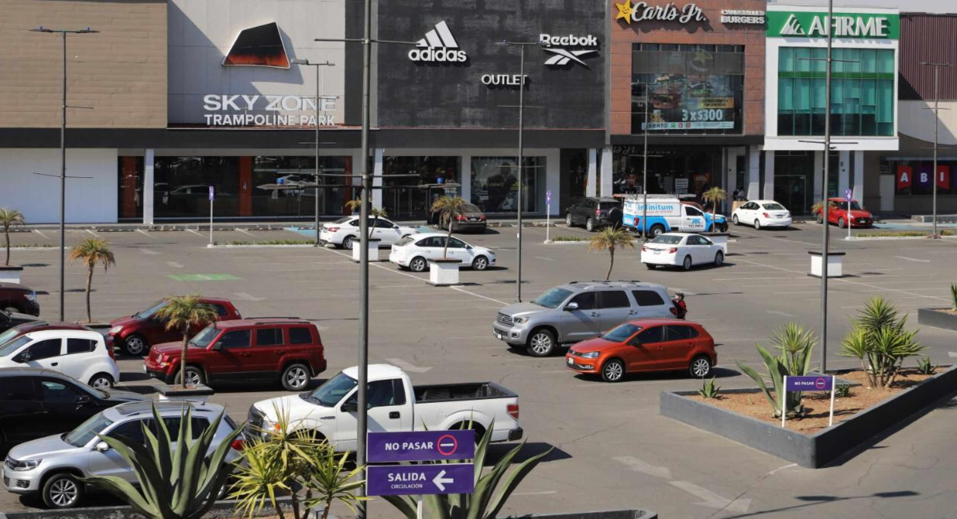 Plazas en Toluca y Metepec ganan amparo para cobrar estacionamiento