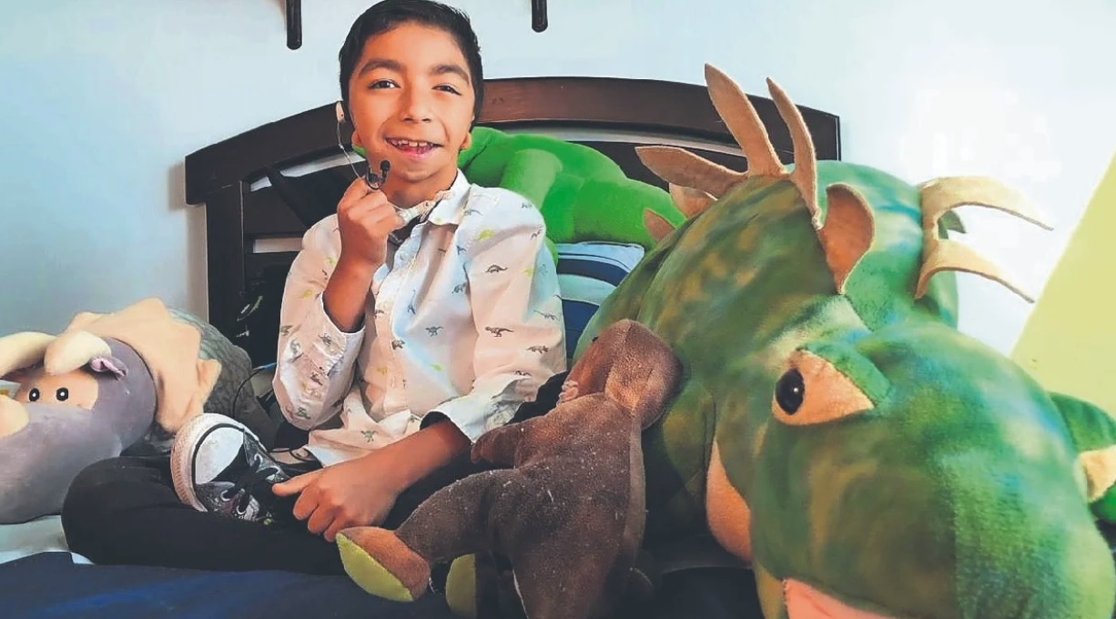 """""""Santisaurio"""" el pequeño del Edomex que sueña con ser youtuber"""
