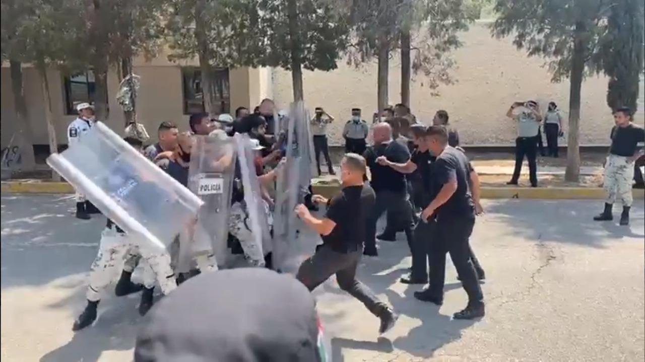 Pelea Campal entre elementos de la Guardia Nacional en Academia de San Luis Potosí