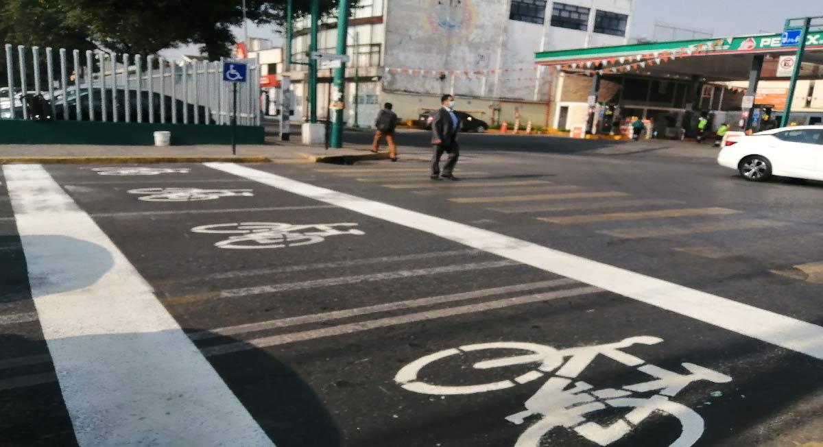 Noticias Toluca: Pintan parcialmente señalización del paso de ciclistas sobre avenida Hidalgo