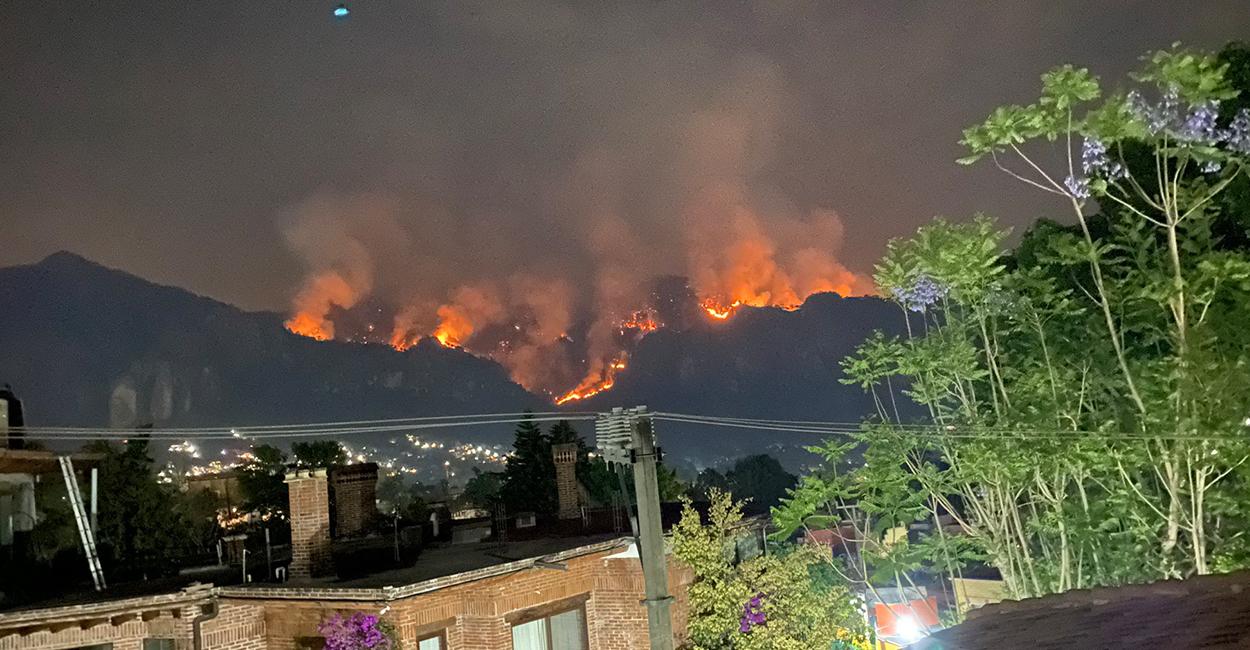 El Tepozteco, área natural protegida en Morelos se incendia