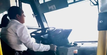 Conoce a Mari Carmen una operadora de Transporte Público de Toluca