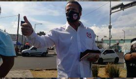 Alfredo Adame en el inicio de su campaña en la CDMX junto a Six Flags